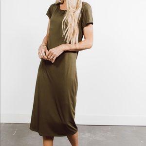 Short sleeve olive midi dress